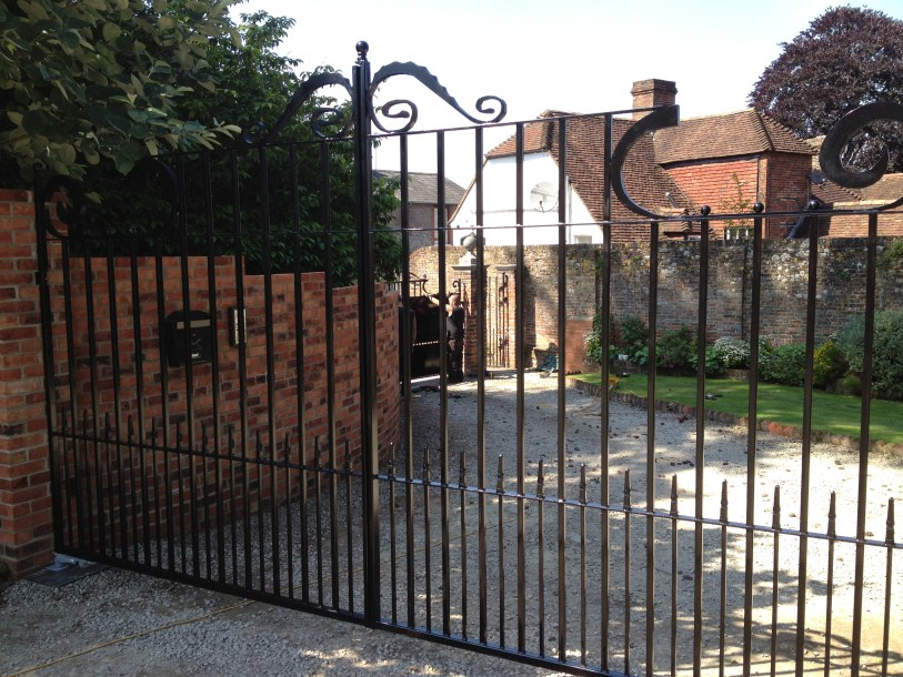 gate maintenance great missenden