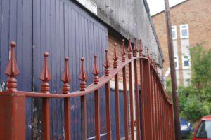 gate servicing great missenden
