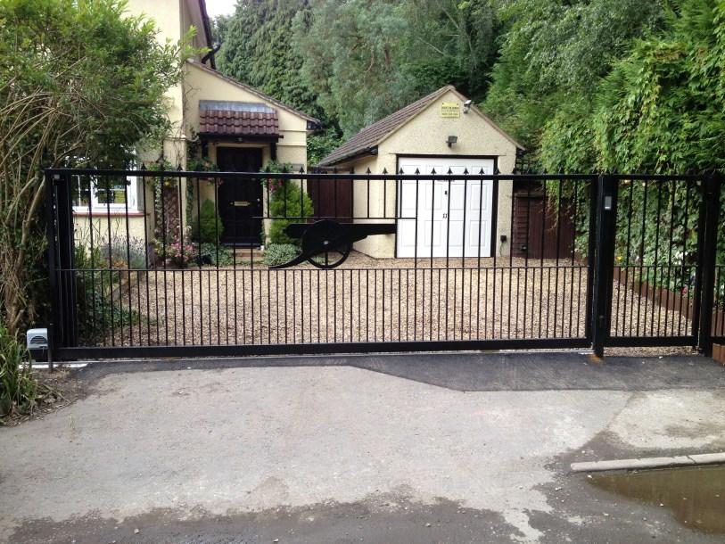 sliding gate wendover